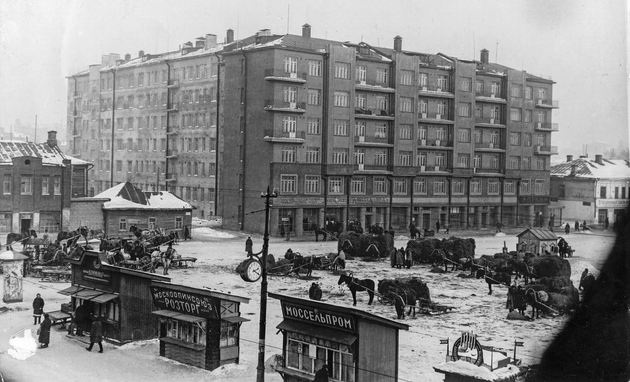 Foto-staroy-Moskvyi-Tishinskaya-ploshhad-dom-6-1928-god