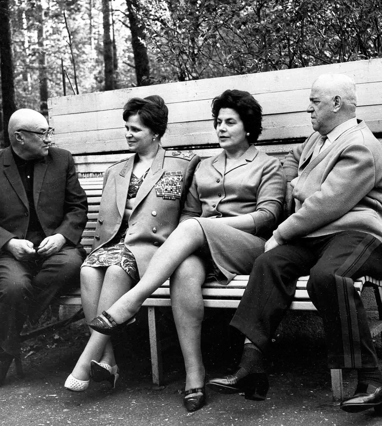Georgiy-ZHukov-s-dochkoy-Mashey