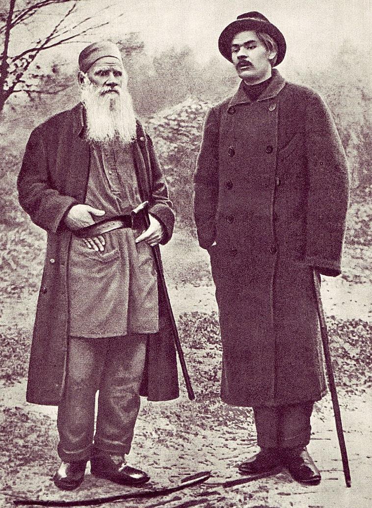 Gorkiy-i-Tolstoy-1900-god
