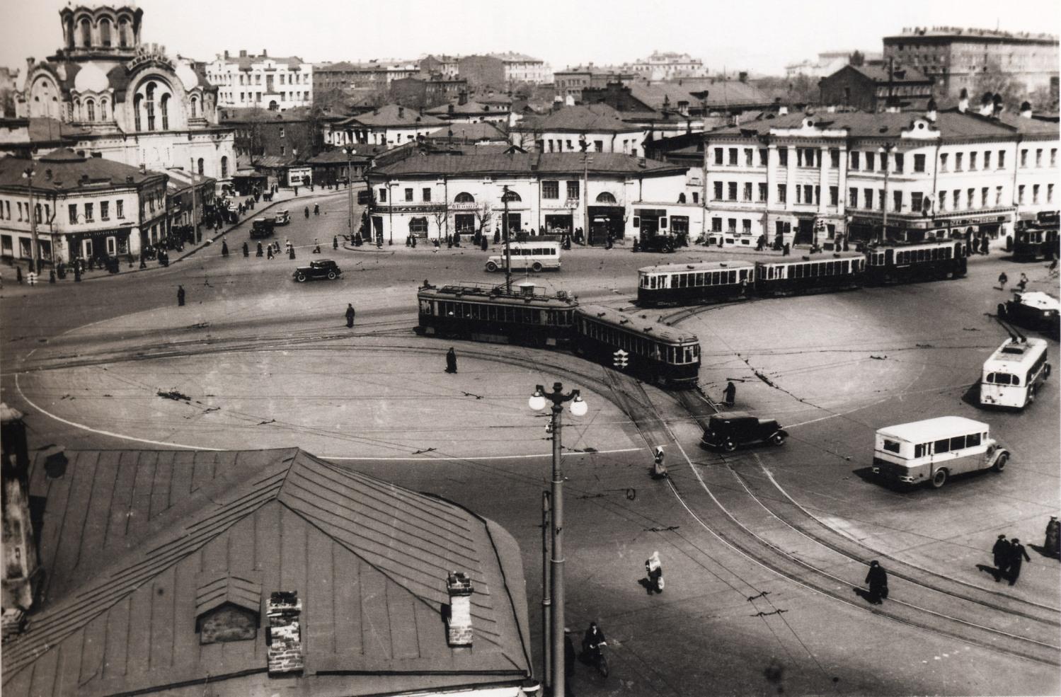Kaluzhskaya-ploshhad.-1931
