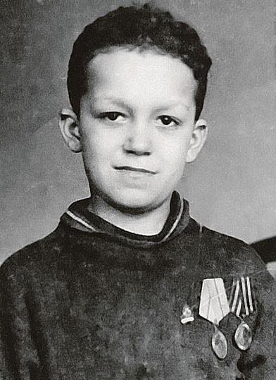 Kramatorsk-1944-god-Iosifu-7-let