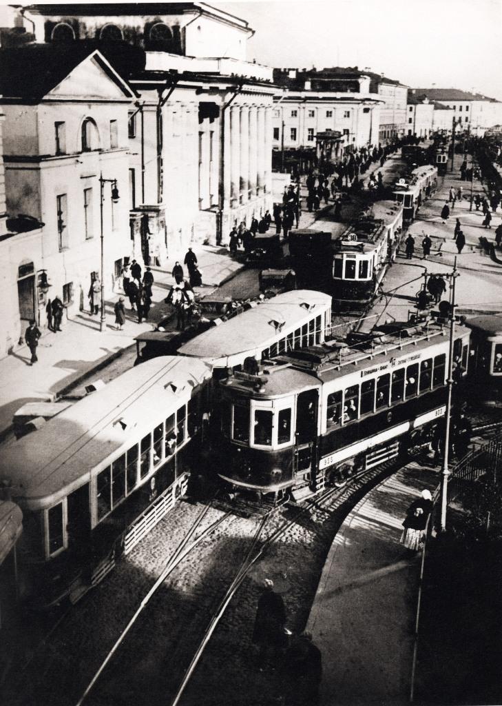 Proezd-mezhdu-Suharevskoy-bashney-i-Institutom-Sklifosovskogo 1933