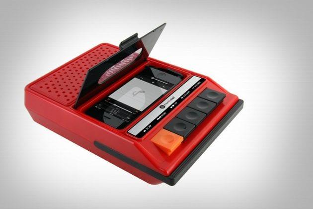 Retro-proigryivatel-dlya-iPhone-i-iPod