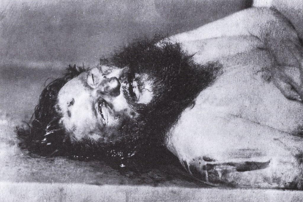 Telo-Rasputina-izvlechennoe-iz-reki