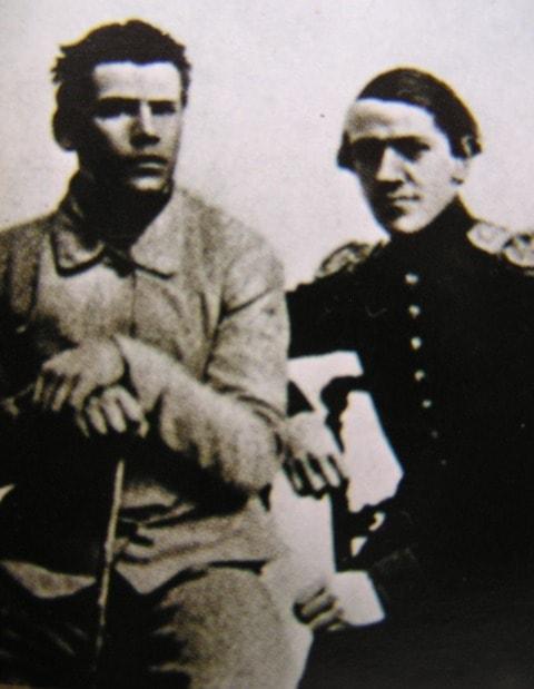 Tolstoy-i-ego-brat-Nikolay