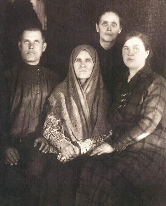 Vdova-Grigoriya-Rasputina