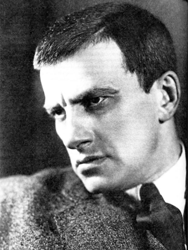 Vladimir-Mayakovskiy-5