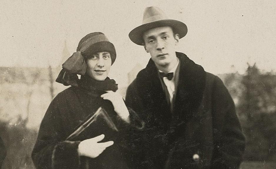 Vladimir-Nabokov-i-Vera-Solonim-v-molodosti