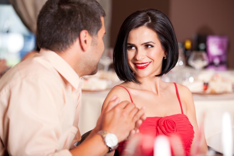 Женщин привлекают мужчины, умеющие рассказать интересную историю